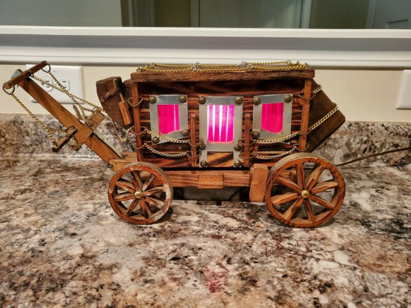 "Vintage Western Replica Stagecoach Wagon Lamp Made By Circle H. Mfg. Abt 20""x9"""