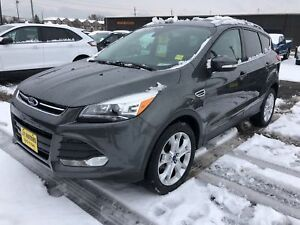 2015 Ford Escape Titanium, Navigation, Leather, 4x4, 28, 000km