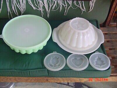 "2 Vintage TUPPERWARE Jello Molds , Green 9"", White 7.5"" w/ Sheer Lids & Plate"