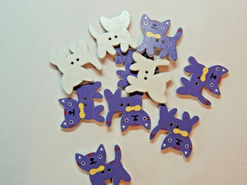 Purple Cat 2 Hole Wooden Buttons set of 5 (16752)
