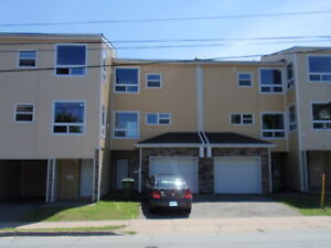 Central Halifax Lrg 4 Bedm Townhouse, heat, HW