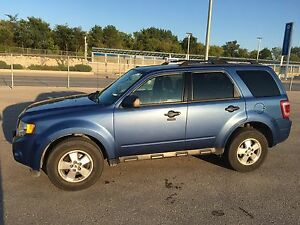 2010 Ford Escape XLT-Clean Title/Command Start/NEW Tires  $6900