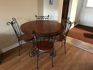 Vintage redwood dinning table and chairs
