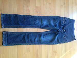 Thyme Maternity Jeans two pair size small