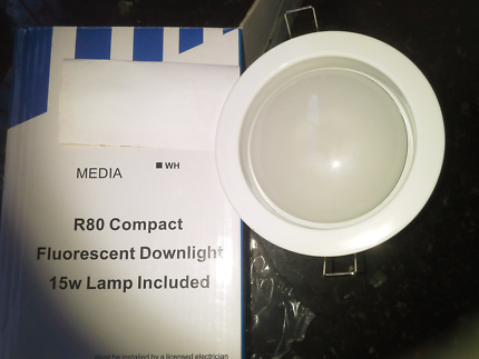 White downlight cfl R80 15w globe included.12cm