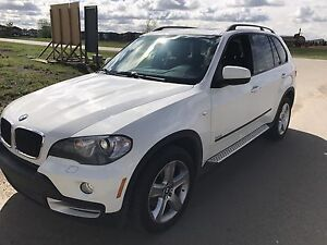 Excellent condition  BMW X5 3.0si $19500 firm