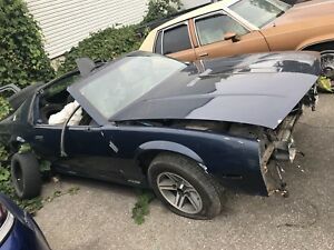 1985 Camaro Body $500. First come first GONE!!