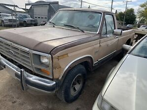 1984 Ford F-150 5.8 2WD