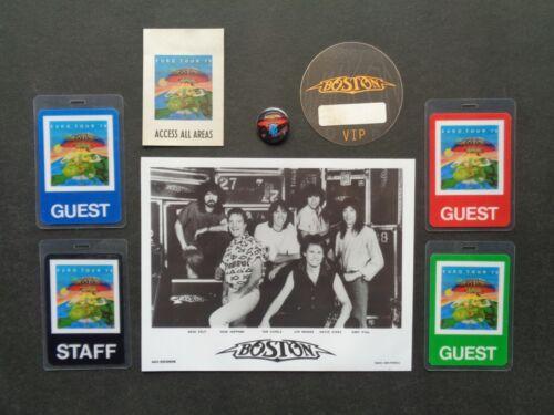 BOSTON,B/W Promo Photo,6 Original Backstage passes,steel pin/button