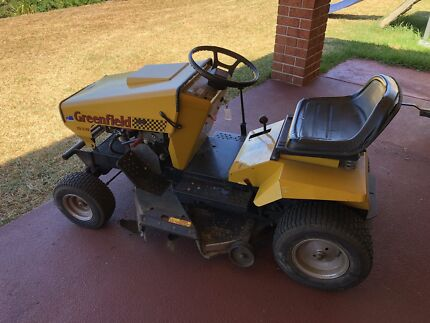 Greenfield 13hp Ride on Mower 98hrs