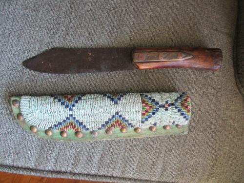 FINE ANTIQUE 1870 ERA TETON SIOUX INDIAN FIGHTING KNIFE & BEADED LEATHER SHEATH
