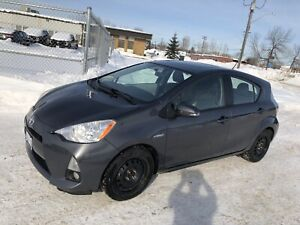 Loaded Toyota Prius C hatch heated leather remote start