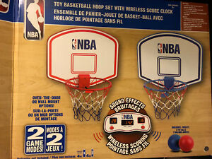Basketball hoop set with wireless score clock