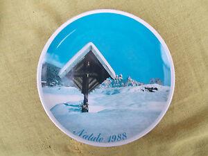 Piatto-ceramica-F-lli-COMUNELLO-Natale-1988-Cristo-del-Molaren-Primiero-TN