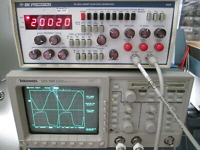20 Mhz Sweep Function Generator Amfmburst 20v P-pk Counter Bk Precision 4040