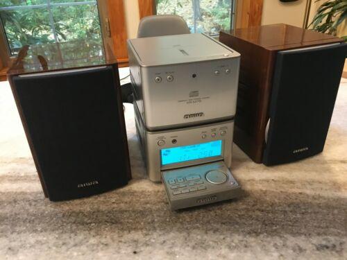 AIWA XR-M75 Mini/Micro/Compact Bookshelf Stereo System w/CD Player TESTED