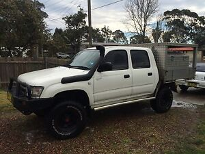 TOYOTA HILUX TURBO DIESEL Bonnells Bay Lake Macquarie Area Preview