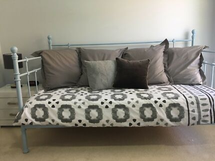 ikea day bed exc cond