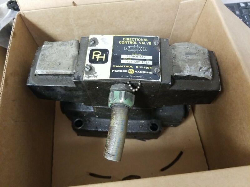 Parker Hannifin 11108C61AYD Directional Control Valve (A-3-200)