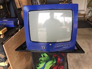 Retro GE colour TV 13 inch