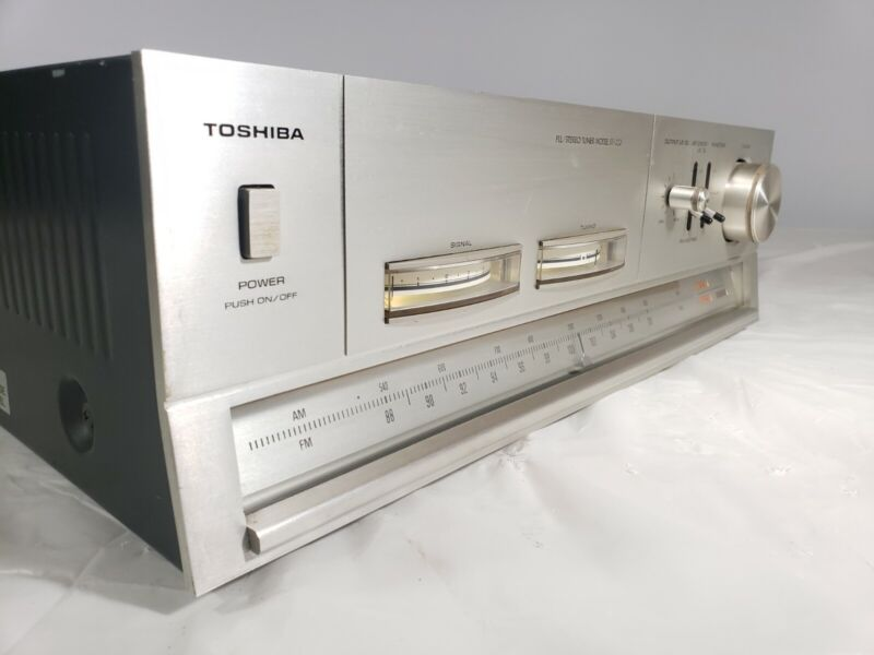 Toshiba Vintage Stereo Tuner ST-420 ●●TESTED ●●
