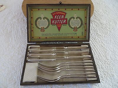 VINTAGE KEEN KUTTER BY E.C. SIMMONS WOOD BOX FULL SET CUTLERY KNIVES & FORKS