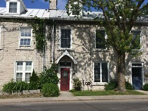 CHARMING 2 BED IN PORTSMOUTH VILLAGE! 112 Yonge St