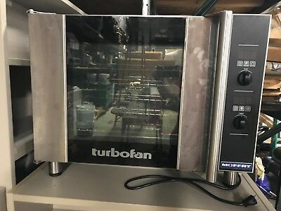 Moffat Turbofan E31d4 Half-size Digitalelectric Countertop Convection Oven