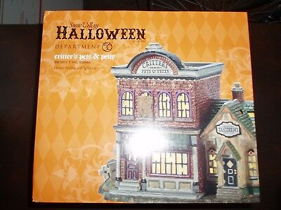 Pets And Halloween (DEPT 56 HALLOWEEN VILLAGE CRITTER'S PETS AND PELTS *Excellent Display*)