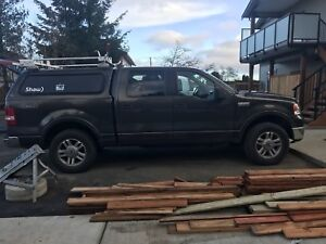 2006 Ford Lariat 150 4x4 loaded ,  ( low kms!!!!!)