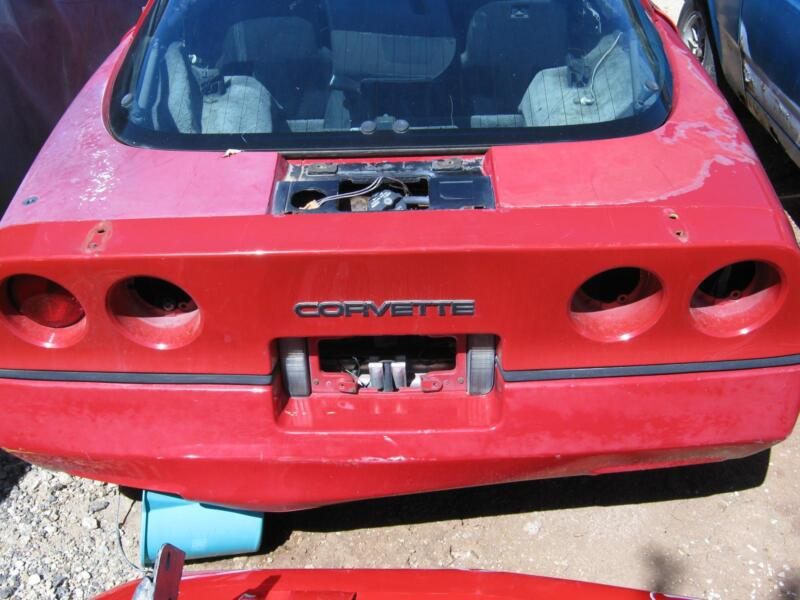 Corvette c4 wrecking 1984 to 1996 no time wasters auto body parts 1 of 2 fandeluxe Gallery