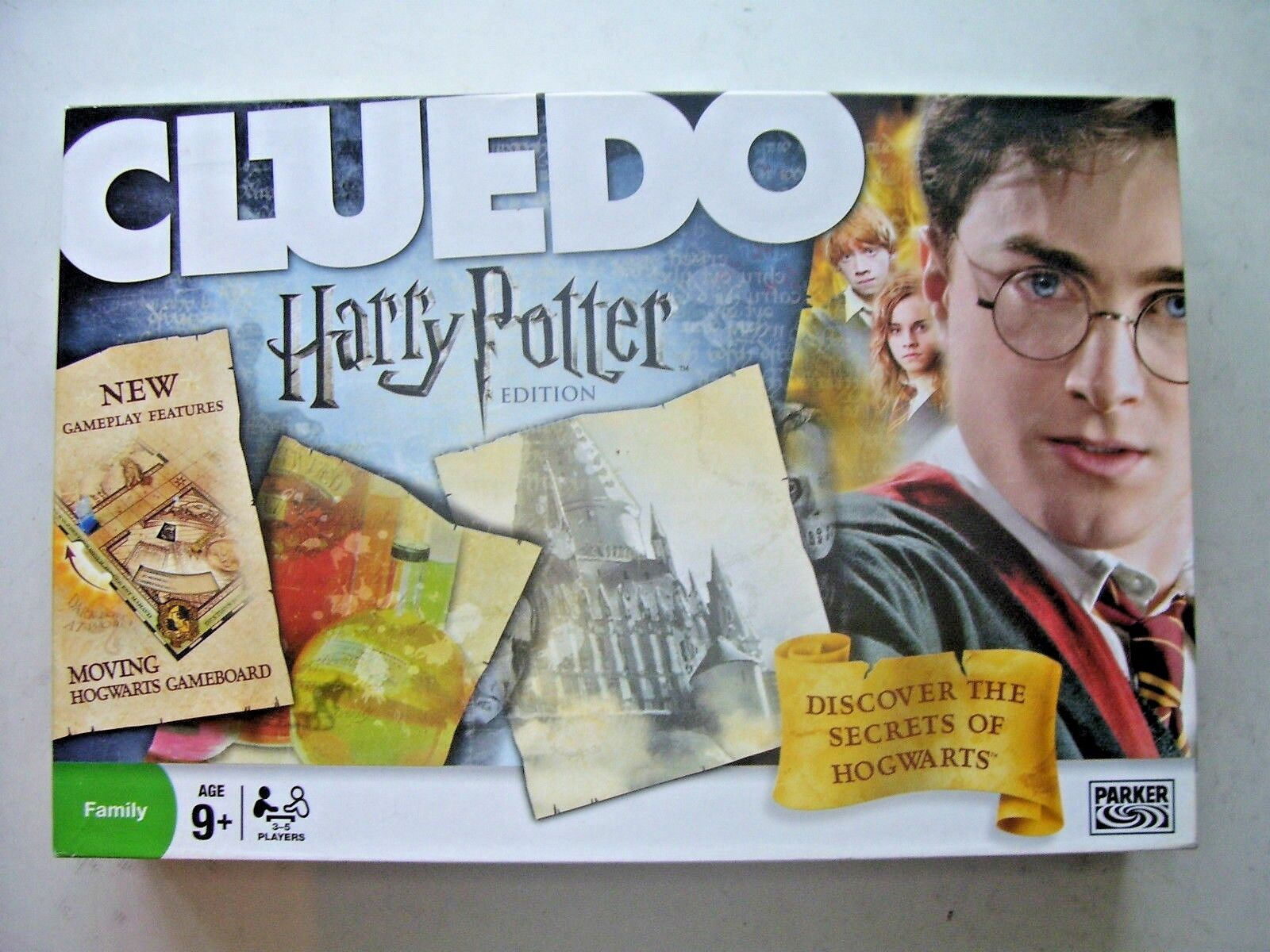 Harry Potter Cluedo Board Game  by Parker 2008 Edition