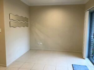 Villa in Toongabbie- private rental