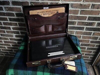 VINTAGE 1980's MEEKS SADDLE BELTING LEATHER MACBOOK BRIEFCASE BAG R$1298