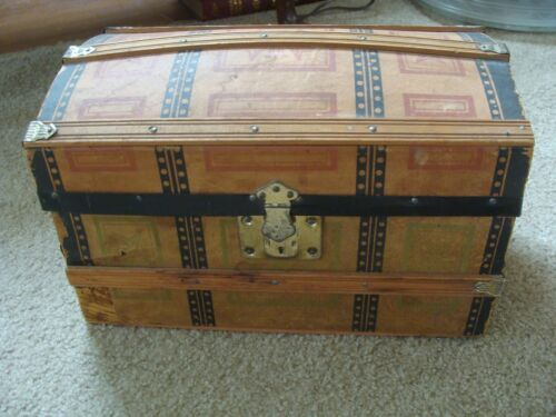 """Dome Top Trunk Steamer Victorian small child doll Antique 14 x 8 x 9"""""""