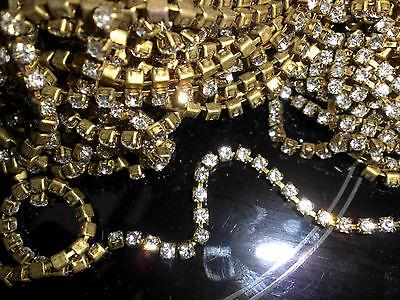 30 cm de strass crystal ss12 sertis monté sur chaîne (cupchain) +- 60pcs