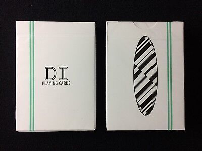 Di Playing Cards by Nguyen Hoang Duy (DUY) of Di.Cardistry printed by USPCC