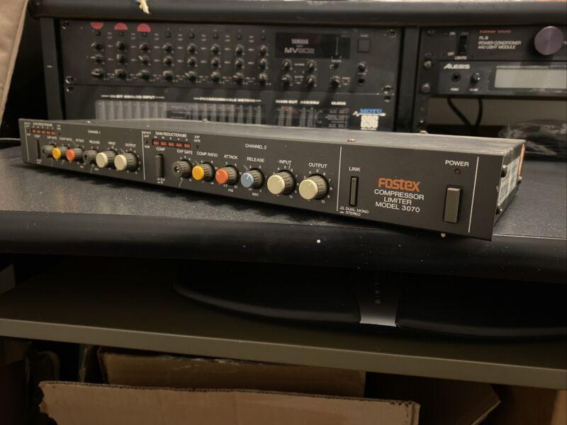Vintage Fostex 3070, 100V AC, 2 Channel Compressor Limiter - Rack Mount