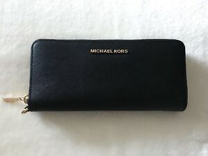Michael Kors Wallet (New)