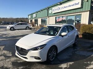 2018 Mazda 3 GT CLEAN CARFAX/ONE OWNER/HEADS UP DISPLAY/NAV/L...