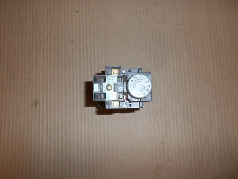 SQUARE D TIMING RELAY CLASS 8501 TYPE XTD2 SERIES A