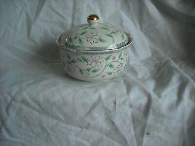Trinket Pot/China Lidded 4