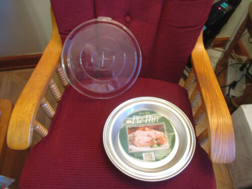 """Vintage Foley Aluminum 9"""" Round Pie Pan With Snap On Plastic Lid #452-10"""
