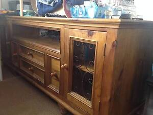 Wooden Cabinet good condition Toowoomba Toowoomba City Preview