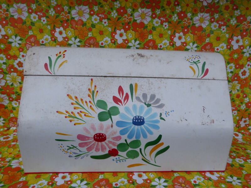 VINTAGE RANSBURG PAINTED METAL  DISPENSER, HANGS ON WALL, WHITE FLORAL