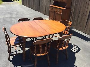 PRICE DROP!! Vintage Dining room set