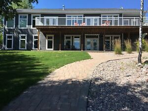 waterfront 3 bedroom cottage on Bird River near Lac Du Bonnet.
