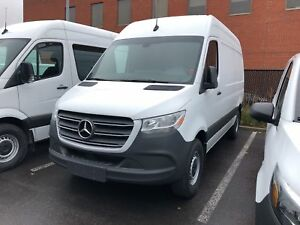 2019 Mercedes-Benz Sprinter V6 2500 Cargo 144