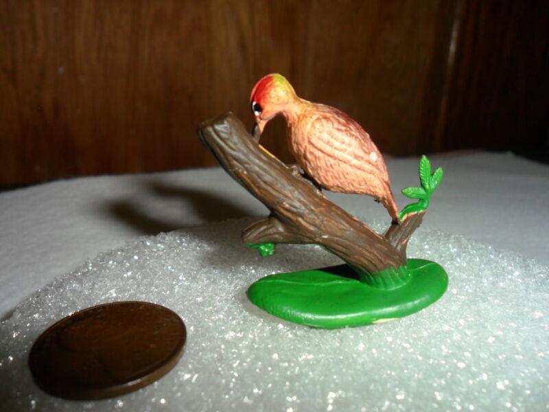 """Vintage Miniature Plastic Woodpecker 1 1/4"""" x 1 1/4"""""""