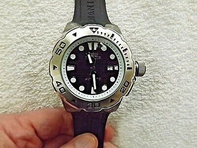 Invicta Pro Diver 23500 Automatic Black Dial, Gunmetal Case, Black Strap Watch